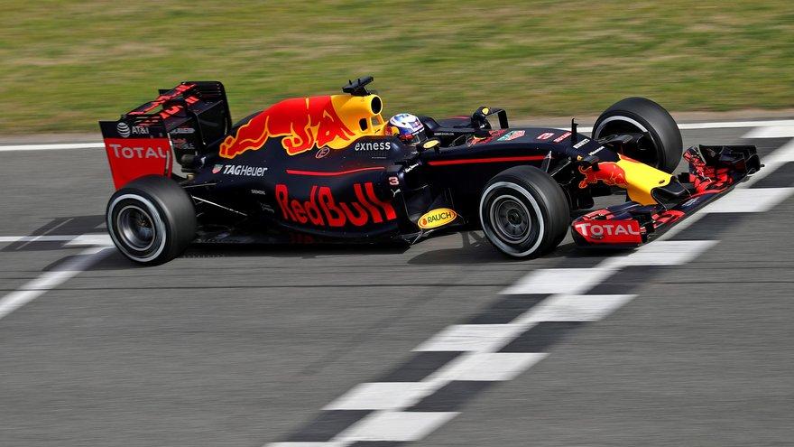 Sezona Formule 1 za 2016. zvanično je otpočela za Red Bull Racing-TAG Heuer tim