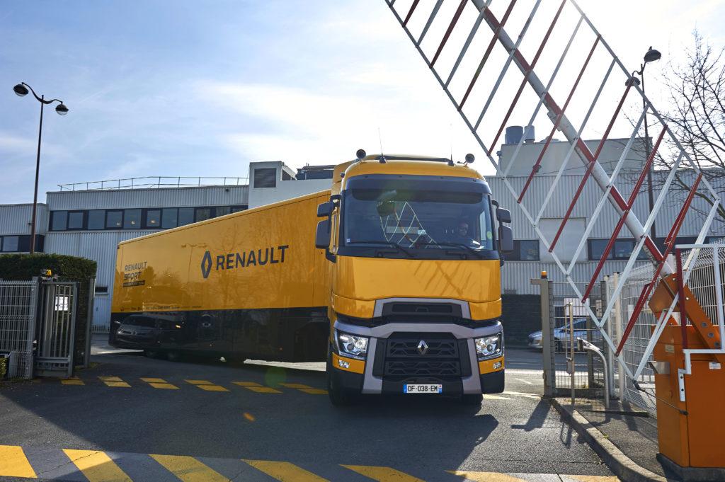 renault_trucks_t520_renault_sport_formula_1_team_1