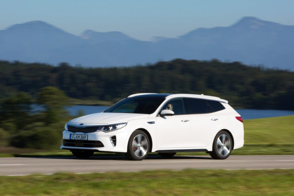 kia-optima-sportswagon-gt-wgm51920-medium
