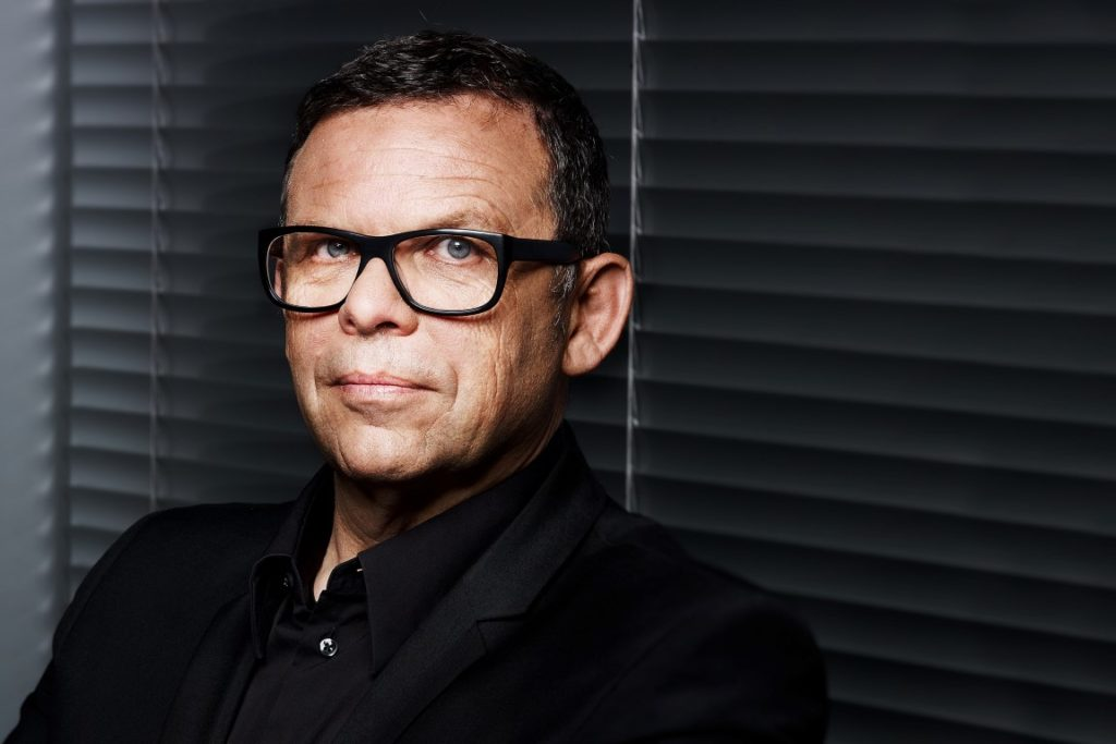 kia-president-and-cdo-peter-schreyer-medium