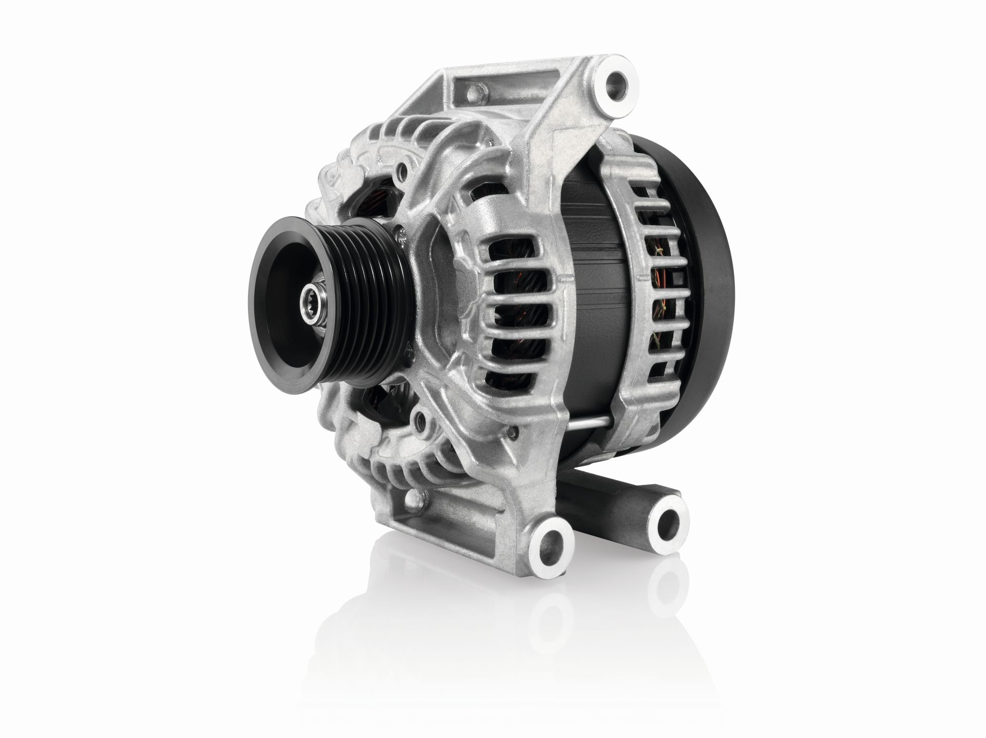 Bosch proširuje ponudu novom serijom alternatora
