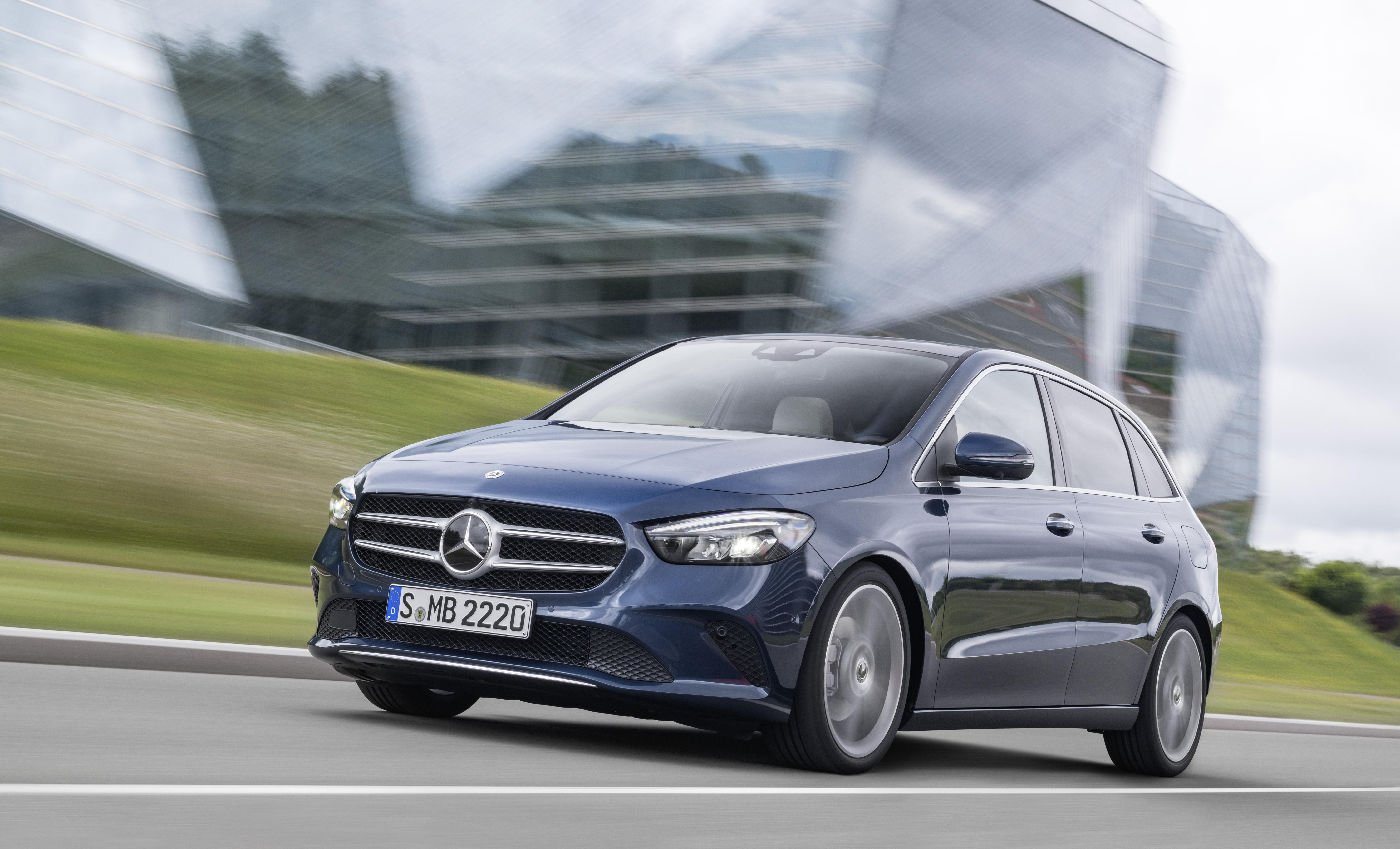 Nova Mercedes-Benz B-Klasa predstavljena u Parizu