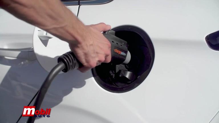 MOBIL AUTO TV – Sve što treba da znate o električnim automobilima – pet pitanja i pet odgovora